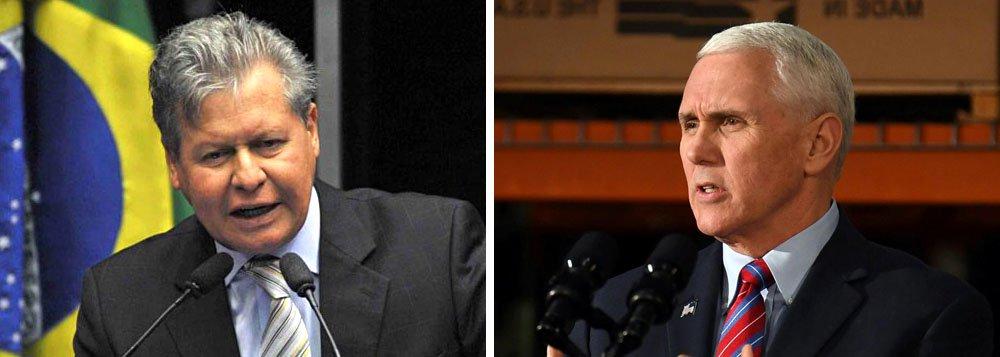 """Tucano Arthur Virgílio não aceitou esperar duas horas para um cerimonial com o vice-presidente dos Estados Unidos, Mike Pence, que esteve nesta quarta-feira 27 em Manaus (AM) para visitar um abrigo de refugiados venezuelanos; depois, ele criticou a visita de Pence no Twitter: """"respeite a soberania do meu país e o brio do povo amazonense. Não aceito a intervenção militar, nem por brincadeira. Por favor, volte para sua casa"""""""
