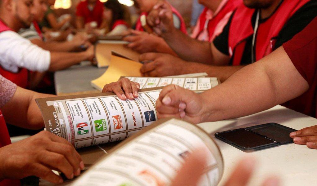 O processo eleitoral no México começou em setembro passado e terminará no próximo domingo, 1º., com a eleição para presidente e outros 3,4 mil postos. Pelo menos menos 114 políticos e candidatos foram assassinados no período, de acordo com a empresa de consultoria Etellekt