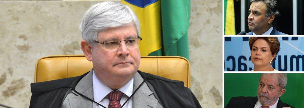 """Jornalista Fernando Brito chama o procurador-geral da República, Rodrigo Janot, de """"cínico"""" por anunciar seu pedido de abertura de inquérito ao STF contra Aécio Neves um dia antes de os jornais noticiarem que ele também pedirá investigação contra a presidente Dilma e o ex-presidente Lula; """"A traição, a dissimulação pomposa e a perfídia são artes praticadas por mais que um temer"""", diz Brito"""