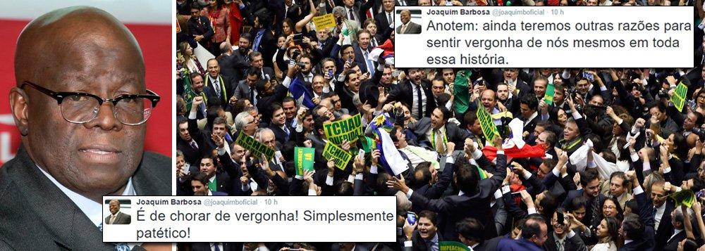 """Ex-presidente do Supremo Tribunal Federal (STF), Joaquim Barbosa criticou duramente a sessão da Câmara dos Deputados que aprovou a abertura do processo de impeachment da presidente Dilma Rousseff, realizada neste domingo (17); para ele, os argumentos e justificativas utilizados pelos parlamentares na votação são """"de chorar de vergonha! Simplesmente patético!""""; ainda sobre o impeachment, ele destacou no Twitter que """"ainda teremos outras razões para sentir vergonha de nós mesmos em toda essa história"""""""