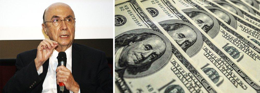 """Vice Michel Temer (PMDB-SP) e seu provável ministro da Fazenda, Henrique Meirelles, já definiram que, se tomarem posse em maio, vão tentar evitar uma queda mais acentuada na cotação do dólar; a moeda, que estava acima de R$ 4 até fevereiro, fechou em R$ 3,44 na sexta; Temer avalia que a queda do dólar pode prejudicar as exportações brasileiras, uma das """"alavancas"""" da retomada"""