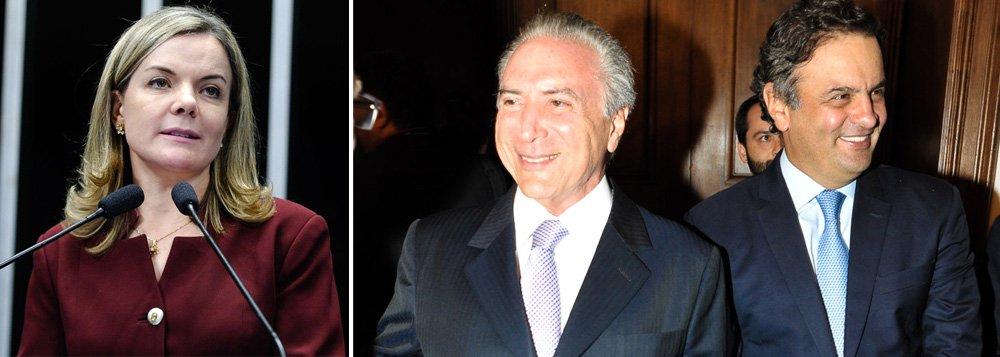 """Senadora Gleisi Hoffmann (PT-PR) questionou a agenda do suposto governo Michel Temer, em caso de impeachment de Dilma Rousseff: """"O programa do vice Michel Temer foi feito pelo PSDB. ' Uma Ponte para o Futuro' conversa muito bem com a proposta de governo que o PSDB fez para Aécio Neves"""", disse; segundo o colunista Ilimar Franco, adotado pelos tucanos, foi o ex-ministro Nelson Jobim quem propôs qual seria o norte do governo do vice; em reunião com Armínio Fraga, José Serra e deputados, Jobim resumiu: Temer não deve concorrer nas eleições de 2018, a exemplo do que fez Itamar Franco; formar um Ministério de notáveis; e não se meter na Operação Lava Jato"""