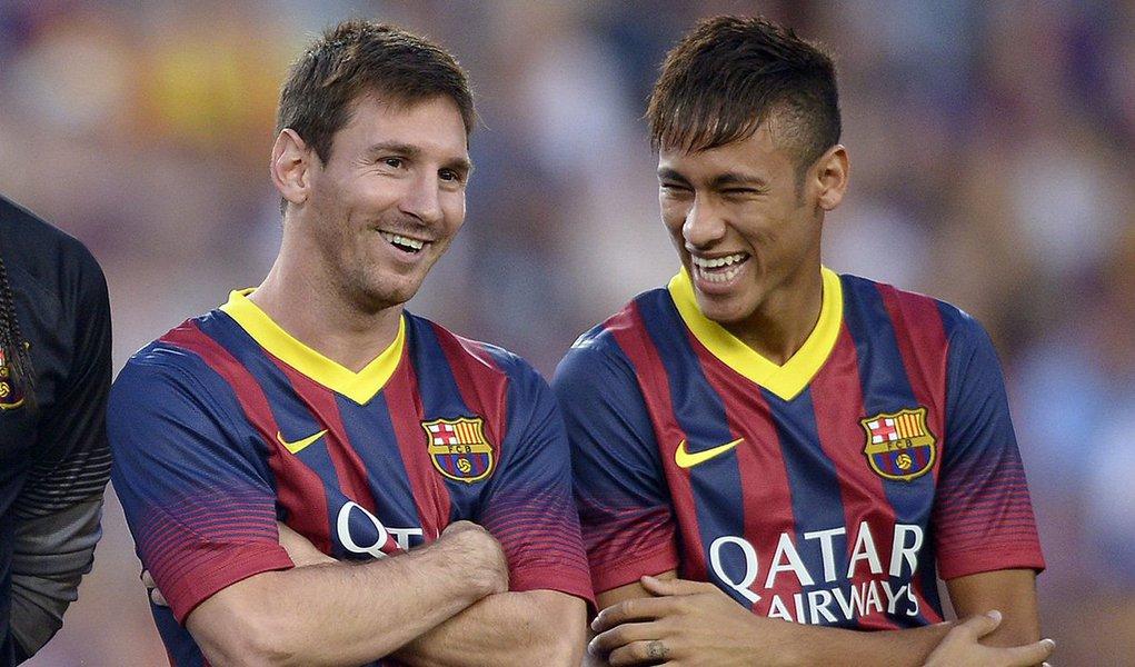 Na lista de 2015, o brasileiro Neymar, do Barcelona, figura no segundo lugar, atrás apenas do craque argentino Lionel Messi, seu companheiro de clube