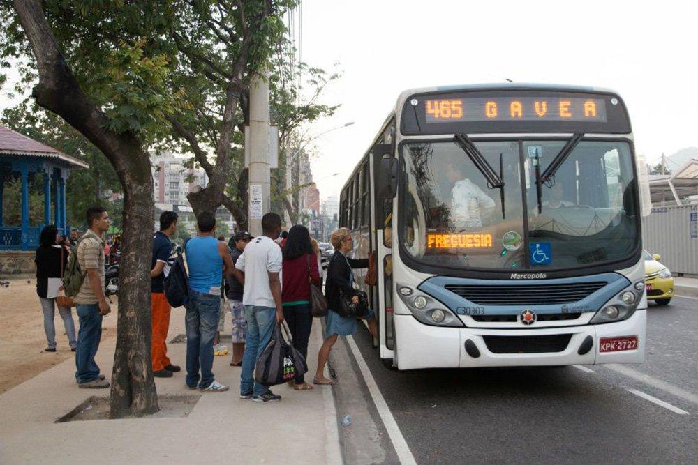Ontem, a zona oeste da capital fluminense foi a mais prejudicada por causa da falta de ônibus