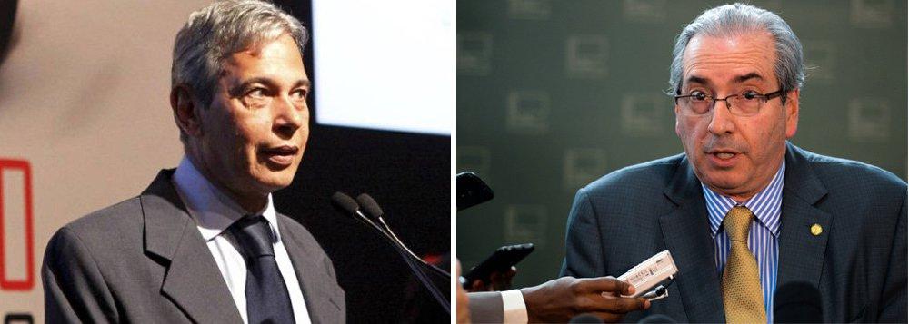 """Segundo o colunista José Casado, """"evidências sobre a distribuição do dinheiro de propinas supostamente arrecadado por Eduardo Cunha (PMDB) e transferido a candidatos a prefeitos em 2012 e a deputados em 2014 passaram a compor um novo alvo na investigação em andamento"""""""