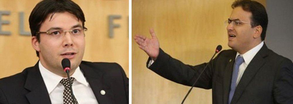 A Ordem dos Advogados do Brasil (OAB), presidida por Marcus Vinicius Coêlho, aprovou nessa segunda-feira, 19, a proposta do conselheiro federal da OAB Tocantins, Gedeon Pitaluga, de alteração do Código de Ética e Disciplina da OAB e da Advocacia; a mudança define critério mais justo para fixação de honorários advocatícios, principalmente para a advocacia previdenciária, autorizando expressamente a cobrança de honorários advocatícios sobre parcelas vencidas e vincendas; para Gedeon, a mudança preservar a área previdenciária na valorização dos honorários, evitando injustiças de autoridades judiciárias e da sociedade
