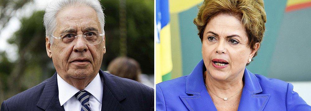 """Em entrevista ao programa Manhattan Connection, do GloboNews, nesta madrugada, o ex-presidente tucano Fernando Henrique Cardoso voltou a defender o afastamento da presidente Dilma Rousseff: """"não precisa de empurrão, se cair, Dilma cai sozinha""""; segundo ele, Dilma e o presidente da Câmara, Eduardo Cunha (PMDB) 'disputam cabeça a cabeça' pelo título de pior de 2015; """"Sou otimista, para recompor uma situação política no Brasil, 3 a 5 anos"""", completou; ele afirma ainda que """"orisco maior na América Latina é esse populismo (...) tomara que o Brasil se livre disto""""; um dos principais líderes do movimento golpista, FHC escreveu ontem que vale tudo para derrubar Dilma: """"renúncia, retomada da liderança presidencial em novas bases ou, sendo inevitável, impeachment ou nulidade das eleições"""""""