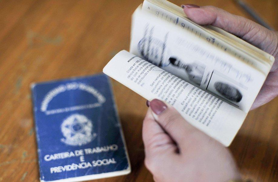 Índice do mês passado foi estimado em 7,6% nas principais regiões do País - Recife, Salvador, Belo Horizonte, Rio de Janeiro, São Paulo e Porto Alegre -, segundo a Pesquisa Mensal de Emprego do IBGE; em setembro de 2014, a taxa era 4,9%