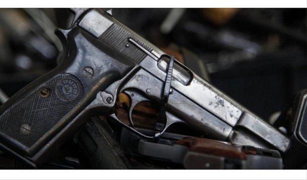 No Brasil, parte significativa dos homicídios acontece por motivos fúteis. Este tipo de conflito pode aumentar seu potencial letal com a adição de armas de fogo, bem como casos de violência doméstica podem, facilmente, se transformar em feminicídio