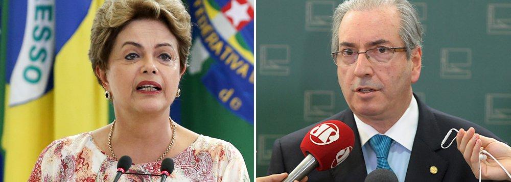 """Presidente da Câmara, Eduardo Cunha (PMDB), que teve ontem R$ 9,6 milhões de suas contas na Suíça sequestrados pelo Supremo Tribunal Federal, volta a se comparar com o governo Dilma Rousseff e nega a intenção de deixar o cargo: """"Ter ou não apoio não é razão para renunciar. Ela tem o direito de exercer seu mandato mesmo sem apoio popular. Não existe recall. Eu acho graça de alguns que vêm aqui falar da minha renúncia, mas não pedem a da presidente Dilma. Se for pelo mesmo parâmetro, você teria muitas e iguais motivações"""", disse; em entrevista ao presidente da Assembleia Legislativa de São Paulo, Fernando Capez (PSDB), ele disse que não existe Operação Lava Jato, mas """"operação Lava Cunha"""""""