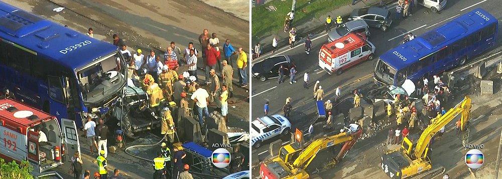 Um acidente envolvendo 12 veículos na Avenida Brasil, na zona norte da cidade do Rio de Janeiro, deixou pelo menos 27 feridos; de acordo com o Corpo de Bombeiros, 21 pessoas foram atendidas e liberadas no próprio local do acidente e outras seis foram encaminhadas para o Hospital Getúlio Vargas