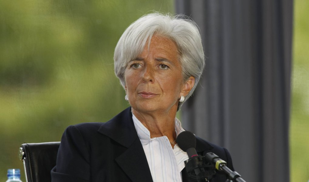 """Diretora-geral do Fundo Monetário Internacional (FMI), Christine Lagarde, considerou nesta quarta-feira, 30, que há """"razões para preocupação"""" com a economia mundial; """"Há razões para preocupação. A perspectiva de uma subida das taxas de juro nos Estados Unidos e o abrandamento na China alimentam uma incerteza e uma maior volatilidade dos mercados"""", declarou; dirigente apontou igualmente uma """"nítida desaceleração"""" do comércio mundial e a """"queda rápida"""" dos preços das matérias-primas, que prejudicam as finanças dos países emergentes que as exportam"""