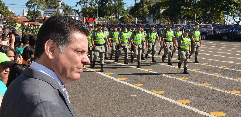 Formatura de 400 Soldados do Servi�o de Interesse Militar Voluntario Estadual e Entrega de Viaturas Fotos Eduardo Ferreira