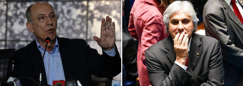 """""""As correntes de esquerda em conjunto com o presidente do PT, Rui Falcão vão pedir a expulsão do senador Delcídio Amaral"""", afirmou Carlos Henrique Árabe, secretário nacional de formação do PT; na sexta-feira, a Executiva do partido também vai deliberar sobre o processo de cassação de Eduardo Cunha (PMDB), na Câmara, e sobre a substituição do ministro da Fazenda, Joaquim Levy; """"Vamos votar o 'Fora Cunha' e o 'Fora Levy'. Se estes temas não estiveram na pauta nós vamos incluir"""", disse"""