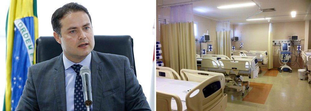 """Representantes do Ministério da Saúde desembarcam em Alagoas para definir a contrapartida financeira do governo federal para a construção de cinco novos hospitais; previsão é de que Maceió e mais quatro municípios sejam beneficiados; """"Vamos enfrentar a crise com trabalho por uma nova Alagoas. Estou pedindo mais dinheiro porque vamos garantir os hospitais que Alagoas precisa"""", afirmou o governador Renan Filho (PMDB)"""