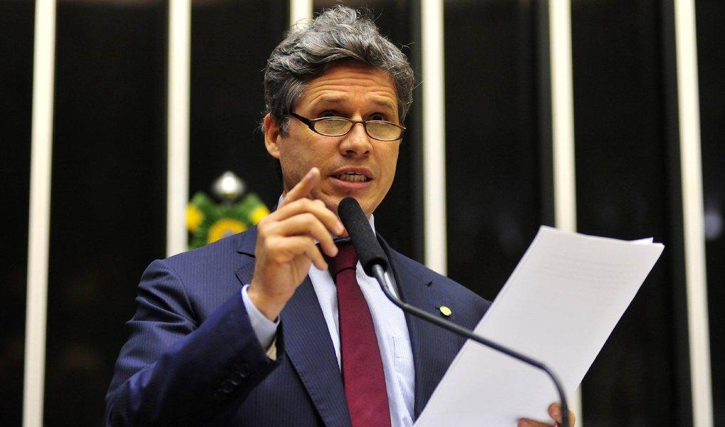 Vice-líder do governo na Câmara, deputado Paulo Teixeira (PT-SP) defende que o processo seja colocado em pauta já na abertura dos trabalhados após o recesso parlamentar, em fevereiro
