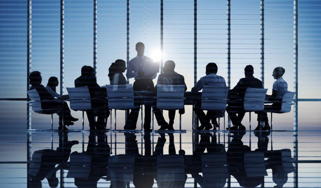 """A procura por CEOs para startups aumentou consideravelmente no Brasil, em especial no estado de São Paulo, que lidera com o maior número de empreendimentos; de acordo com a Associação Brasileira de Startups (ABStartups), a quantidade de empresas deste porte chegou a 4.151 em dezembro de 2015, um crescimento de 18,5% em apenas seis meses; diante deste cenário, """"as empresas de Executive Search locais são importantes para identificar os players, as fontes das buscas e também para entender os soft skills mais adequados para o cargo em referência"""", comenta Áurea Imai, sócia da Boyden, empresa global de head hunting há mais de 40 anos no Brasil"""