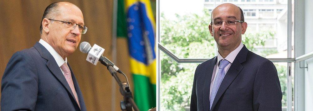 O governador de São Paulo, Geraldo Alckmin, nomeou o procurador Gianpaolo Poggio Smanio a procurador-geral de Justiça do Ministério Público (MP-SP); ele substitui o procurador Márcio Fernando Elias Rosa e ocupará o cargo pelos próximos dois anos