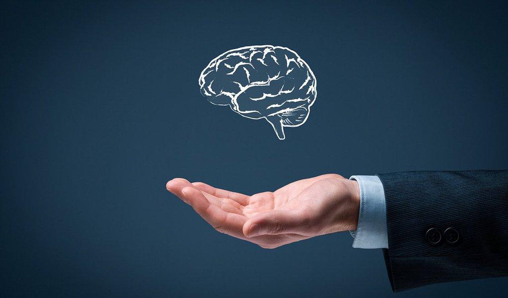 Outra visão é que há, de fato, vários tipos de inteligência, e todos nós temos pontos fortes e fracos ao longo de todas essas escalas; Parece que a maioria dos empresários bem sucedidos são aqueles com o mais amplo leque de interesses, habilidades e experiências (de vida), enquanto uma profundidade máxima em qualquer disciplina não é tão importante
