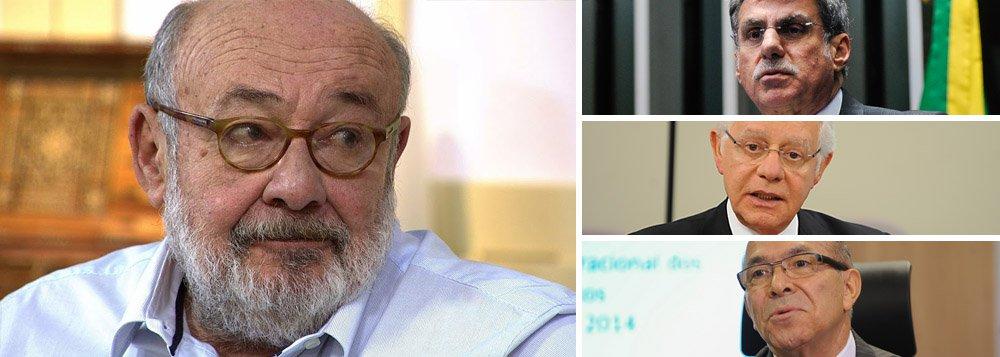 """Jornalista Ricardo Kotscho classificou nesta terça-feira, 26, como """"mais do mesmo"""" o perfil do governo Michel Temer, caso o Senado aprove o afastamento da presidente Dilma Rousseff; """"Na montagem do novo ministério, até agora, encontramos a mesma sopa de letrinhas da """"base aliada"""" que serviu aos governos FHC, depois a Lula e Dilma: PMDB, PP, PSD, PTB, PSB, DEM, PPS... Afinal, é o que temos. Nem as moscas mudam"""", afirmou; entre os cotado para o primeiro escalão do governo Temer estão os peemedebistas Romero Jucá, Moreira Franco e Eliseu Padilha; """"Esta guerra política, que começou na campanha eleitoral de 2014, não tem data para acabar. Parece o carnaval baiano"""", afirma"""