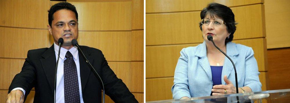 O Tribunal Regional Eleitoral volta a julgar nesta sexta (27) os deputados estaduais acusados de irregularidades no uso das verbas de subvenção da Assembleia Legislativa; serão julgados os pedidos de cassação de Samuel Alves (PSL) e Maria Mendonça (PP) e a aplicação de multa contra Ana Lúcia Vieira (PT); nos três julgamentos anteriores foram condenados a perda de mandato Augusto Bezerra (DEM) e Paulinho da Varzinhas (PT do B) e multados Garibalde Mendonça (PMDB), Antônio dos Santos (PSC) e Francisco Gualberto (PT); confira as denúncias do MPF contra Samuel e Maria Mendonça