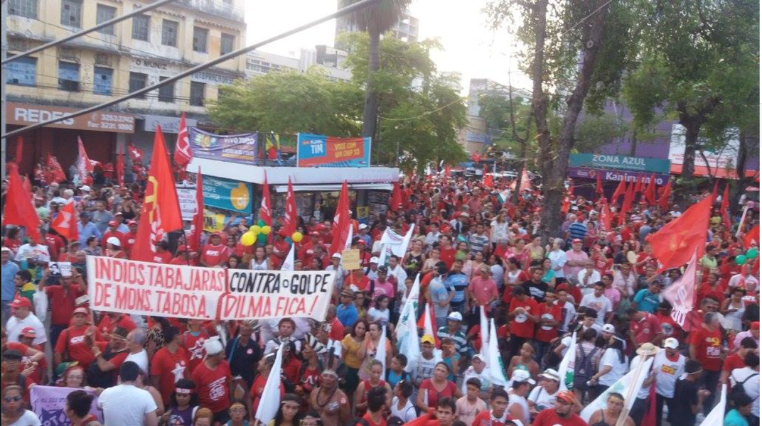 De hoje (29) a terça (5) estão programadas uma série de manifestações em Fortaleza a favor da democracia e contra o golpe. A agenda completa foi definida em reunião nesta manhã, entre os movimentos que integram a Frente Brasil Popular e os diretórios do PT municipal e estadual. Confira