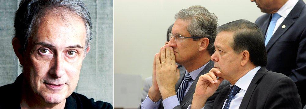 """Para o jornalista Marcelo Coelho, da Folha, """"é paradoxal"""" que """"um Congresso especializado em 'pautas-bomba' e gastos malucos se apresente como defensor da austeridade nas contas públicas""""; ele sustenta que, por outro lado, """"há uma explícita antipatia do governo em seguir o figurino do controle de gastos"""""""