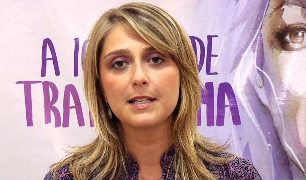 Ex-secretária de Política para as Mulheres do Rio Grande do Sul, Ariane Leitão afirmou que deve tomar providências contra a médica, que atende em um hospital público da capital gaúcha