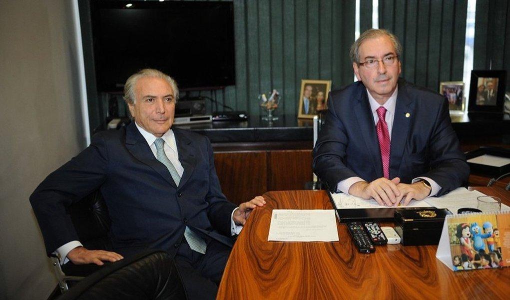 Pois é, os dois tramam tomar de assalto a Presidência da Repúblicacom um processo ilegale estão fazendo oBrasil refém deles
