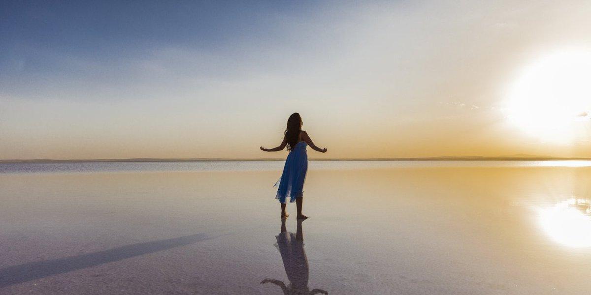 """Aprenda a agradecer. A gratidão leva as pessoas a agir de forma altruísta.""""Ela é o 'fator esquecido' na pesquisa da felicidade"""", avalia Robert Emmons, professor de psicologia da Universidade da Califórnia"""