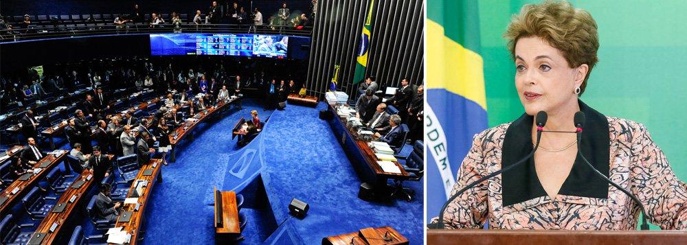 """Possível aprovação do processo de impeachment da presidente Dilma Rousseff pelo Senado pode ser influenciada pelo grau de apoio da opinião pública sobre o afastamento da chefe do Poder Executivo; segundo a empresa de consultoria Eurasia Group, """"o governo tem obtido ganhos com a opinião pública na batalha contra o impeachment. (...) Enquanto todos os olhos estão voltados para as negociações no Congresso, a opinião pública pode ganhar um papel""""; análise da consultoria também aponta que """"se o Palácio do Planalto e o PT forem capazes de continuar 'martelando' a mensagem de que o impeachment não é legítimo, focando-se em figuras do PMDB, como o presidente da Câmara Eduardo Cunha, o apoio ao impeachment, agora em 61%, poderia cair"""""""