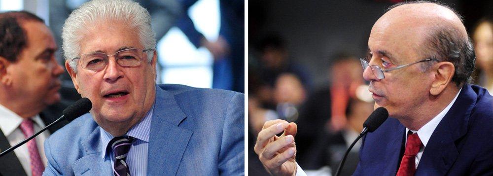 """Senador Roberto Requião (PMDB-PR) pede a rejeição imediata da emenda do senador José Serra (PSDB-SP) ao Projeto de Lei de Resolução (PRS) 84/2007, que define os limites para o endividamento público da União,antes mesmo do início da discussão e votação da matéria:""""A bem da verdade, a subemenda do senador Serra, contrariando o regimento"""", diz;""""O Serra pôs um jabuti naquilo, porque fez um substitutivo e não uma emenda sobre o mesmo assunto"""""""