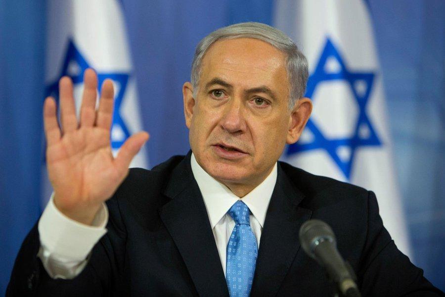 """Declaração é reposta às medidas apresentadas pela União Europeia para acalmar as tensões na região; """"Não haverá transferência de territórios para os palestinianos, nem 40 mil metros quadrados, nem 10 mil, nem um metro quadrado""""; agravada em outubro, a nova onda de violência já provocou mais de cem mortes do lado dos palestinianos, além de 19 israelenses, um eritreu e um norte-americano; propagação da violência despertou o receio de uma terceira Intifada (rebelião popular palestina contra forças de ocupação de Israel), levando a diplomacia dos Estados Unidos a se envolver em uma solução diplomática para o conflito que se arrasta há décadas"""