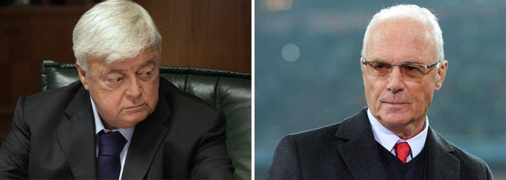 O ex-presidente da Confederação Brasileira de Futebol (CBF) Ricardo Teixeira e Franz Beckenbauer, um dos maiores astros do futebol alemão, estão entre os investigados pelo Comitê de Ética da Fifa, informou a entidade em nota