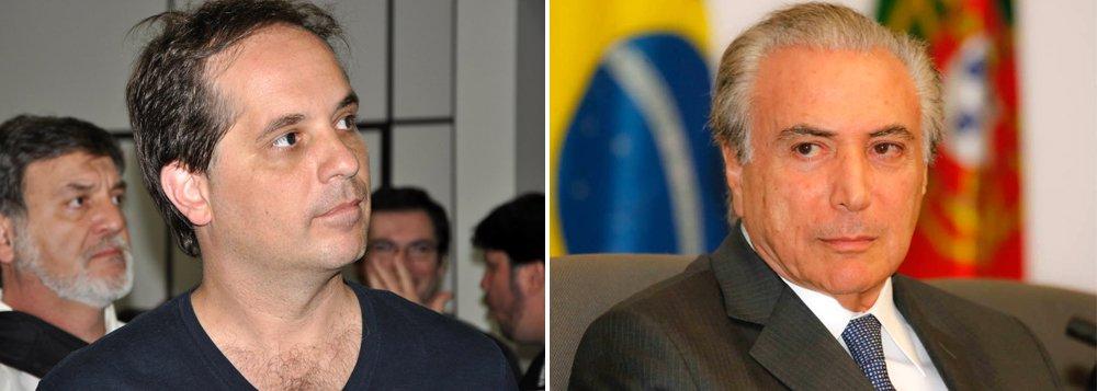 """""""Ninguém grava """"por acaso"""" um discurso de 15 minutos. Temer planejou o vazamento, para convencer indecisos, ocupando espaço no JN nesta segunda-feira (11 de abril). Hoje, o noticiário estaria dominado pelos atos de rua contra o impeachment: Lula e os artistas no Rio, contra o golpe, estariam na tela"""", diz o jornalista Rodrigo Vianna, ex-Globo, sobre o áudio do vice Michel Temer; """"Hoje a conta é essa: 320 sim x 140 não. E cerca de 40/50 abstenções/ausências"""""""