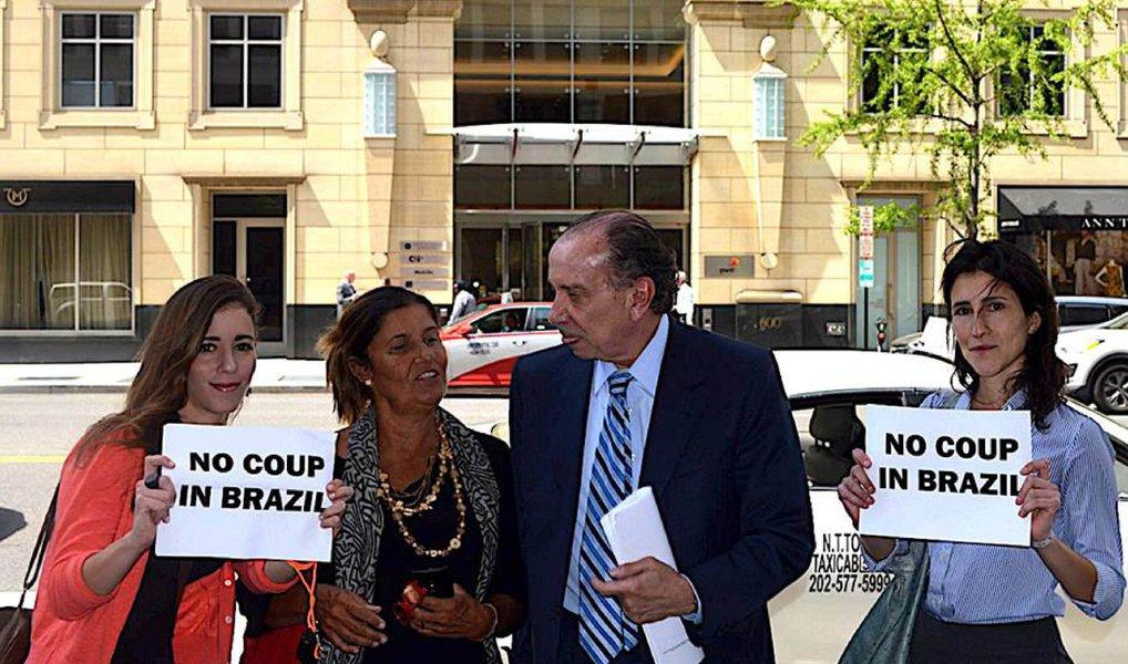 O golpe é bem maior do que tirar a presidenta Dilma do poder. Esta é a hora da resistência contra os golpistas, traidores e entreguistas do Brasil e de nossas riquezas