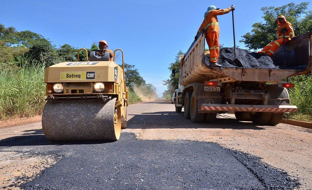 Regional Jaragua -GO 330 Trecho Ouro Verde-Campo Limpo fotos Video Eduardo Ferreira