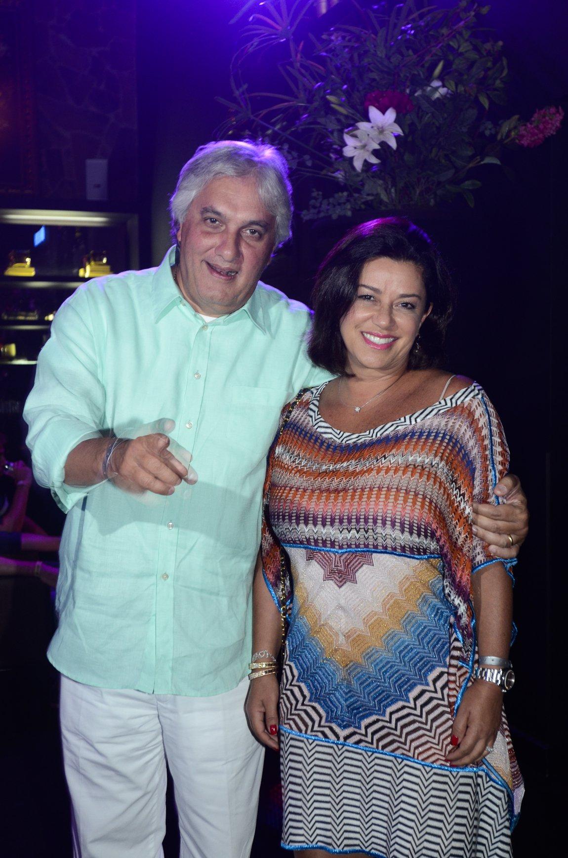 """Jornalista Paulo Nogueira argumenta que não adianta culpar a presidente Dilma Rousseff nem chamá-la de """"fdp"""" pelos infortúnios do senador Delcídio Amaral (PT-MS); """"Maika poderia talvez ter evitado os problemas que seu marido enfrenta hoje se fosse mais rigorosa com as contas domésticas"""", diz ele"""
