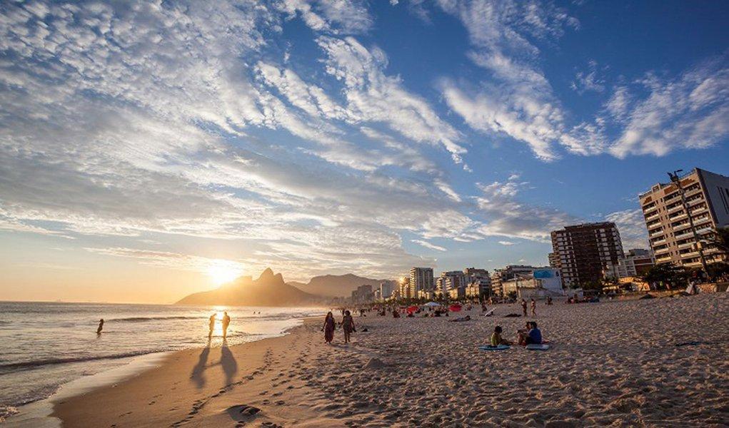 No acumulado deste ano o aumento foi de 14,6%, enquanto o gasto do brasileiro no exterior caiu 55%