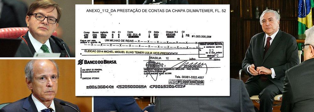 """Embora o ministro Herman Benjamin, do Tribunal Superior Eleitoral (TSE), já tenha sinalizado que irá pedir a cassação da chapa Dilma-Temer, em razão do cheque nominal de R$ 1 milhão, pago pela Andrade Gutierrez ao peemedebista, Michel Temer sinalizou, entrevista no Roda Viva, que irá judicializar o processo para tentar se manter no cargo; """"Se o TSE disser lá na frente, 'Temer, você tem que sair', convenhamos, haverá recursos e mais recursos que você pode interpor, não só no TSE, mas, igualmente, no STF"""", disse Temer; """"Vamos deixar a Justiça trabalhar, mas no TSE eu não tenho preocupação"""", afirmou;objetivo da defesa de Temer tem sido protelar ao máximo o julgamento no TSE, até que o governo tenha maioria em plenário"""