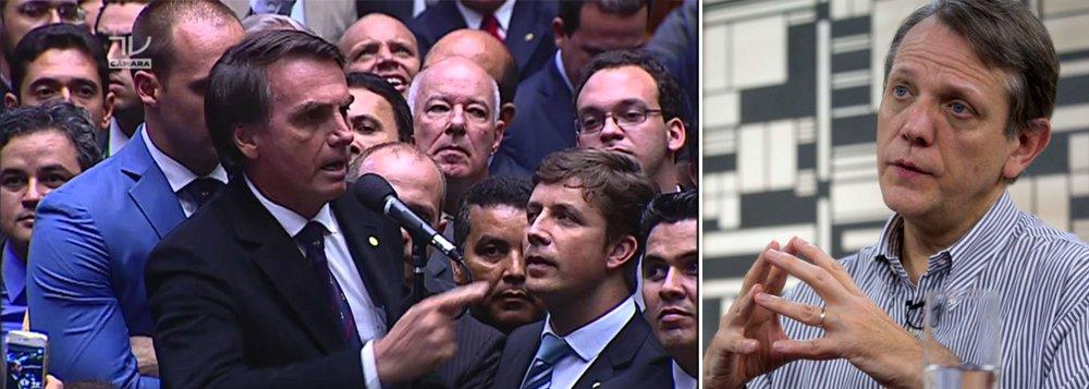 """""""A fala propositadamente radical do deputado Jair Bolsonaro (PSC-RJ), ao enaltecer famoso torturador, dialoga com o conservadorismo difuso em setores da sociedade"""", avalia o cientista político André Singer; """"No sentido contrário, opções tradicionais de direita e centro-direita parecem murchar"""", destaca ele"""