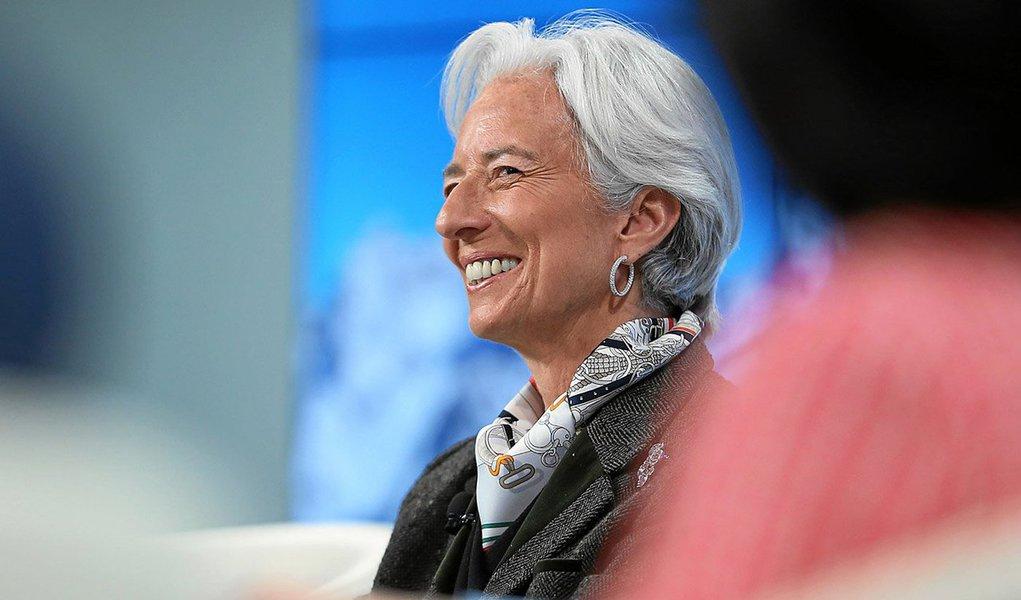 A atual diretora-geral do Fundo Monetário Internacional, a francesa Christine Lagarde, anunciou nesta sexta-feira 22 que será candidata a um segundo mandato à frente da instituição;novo titular deverá ser designado em março