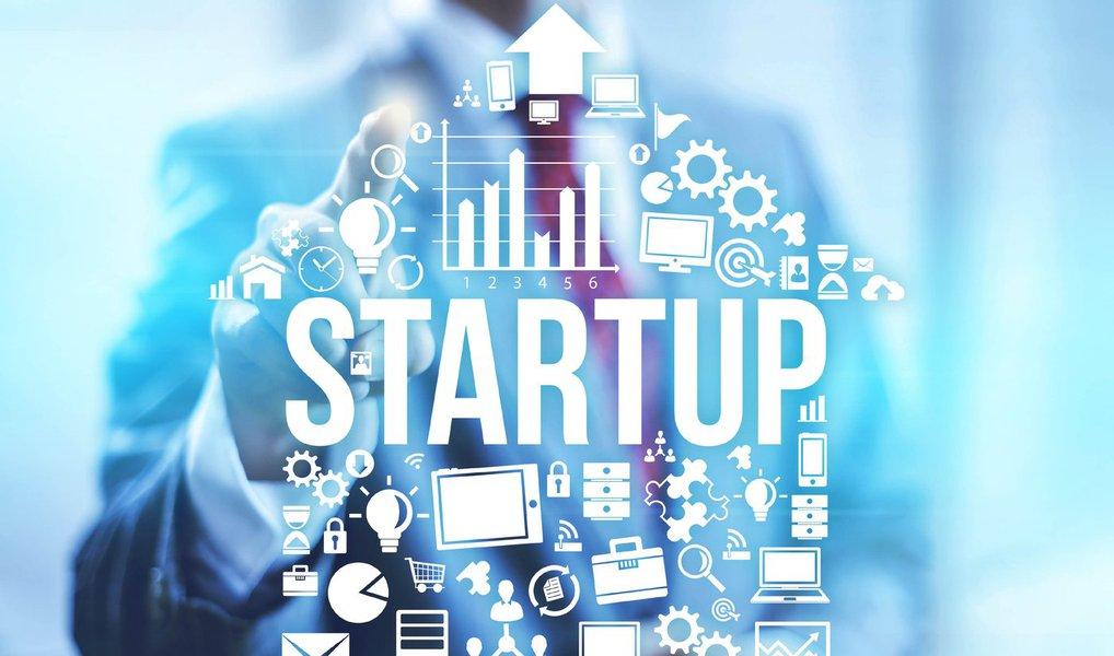 Startup é um termo que está na moda, e empreender virou o sonho de muita gente, tanto no Brasil quanto fora dele; mas muita gente ainda não entende o que significa o termo, e o que realmente é empreender de maneira inovadora; em pesquisa rápida pela internet, alguns termos insistiram em aparecer nas definições de empreendedorismo: autonomia é um deles; esse é um dos principais motivos pelos quais as pessoas abandonam seus empregos e se tornam empreendedores; trata-se da capacidade de assumir a responsabilidade pelas suas decisões e a independência na definição de seu sucesso; dedicação é outro