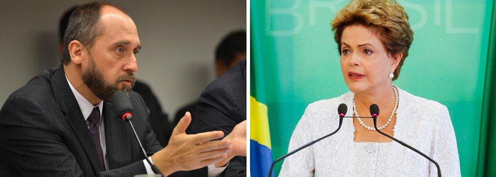 Advogado-geral da União, Luís Inácio Adams, disse que a presidente Dilma Rousseff não pode ser afastada temporariamente do cargo durante um processo de impeachment somente por uma decisão da Câmara dos Deputados; ele questiona o dispositivo da lei 1.079, de 1950, que rege o processo de impeachment, que determina o afastamento por 180 dias do presidente caso a Câmara decida que deve ser julgado pelo Senado