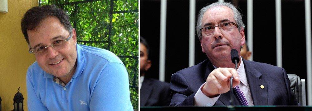 """Jornalista Luís Costa Pinto publica um texto em que afirma que """"os golpistas não contam, ainda, com 342 votos na Câmara. Não contam. Não têm ainda a certeza da vitória""""; o ex-editor de Veja e Época também aponta que """"os marechais do golpe detestam, abominam, que se dê a esse golpe travestido de impeachment (impeachment sem razão jurídica de ser, frágil como a defesa brasileira com ou sem David Luiz) a única classificação que ele merece: golpe"""""""