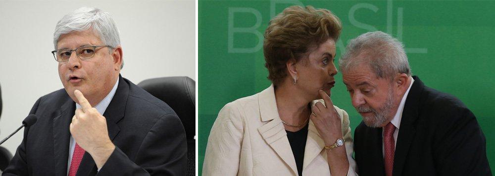 """""""Para além de qualquer base jurídica, a inclusão de Lula na Lava Jato, dias antes de o Senado decidir pela abertura do impeachment, representa uma tentativa de calar a principal voz na resistência ao golpe contra Dilma"""", escreve Paulo Moreira Leite, colunista do 247, em referência ao ex-presidente; """"A razão nós sabemos: é que o sujeito oculto do golpe parlamentar em curso tem como finalidade real impedir o retorno de Lula nas eleições de 2018"""", acrescenta o jornalista; para PML,""""a conexão entre a Lava Jato e o impeachment sempre foi um segredo de polichinelo, mas havia um pudor para se manter as aparências. Agora, essa relação, política, foi escancarada. Perdeu-se todo pudor"""""""