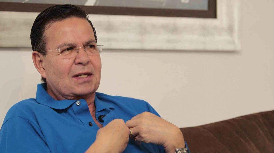 Rafael Callejas deve se declarar culpado na segunda-feira de acusações nos Estados Unidos relacionadas a seu envolvimento no esquema de propina na entidade que comanda a futebol mundial, a Fifa, de acordo com um documento do tribunal