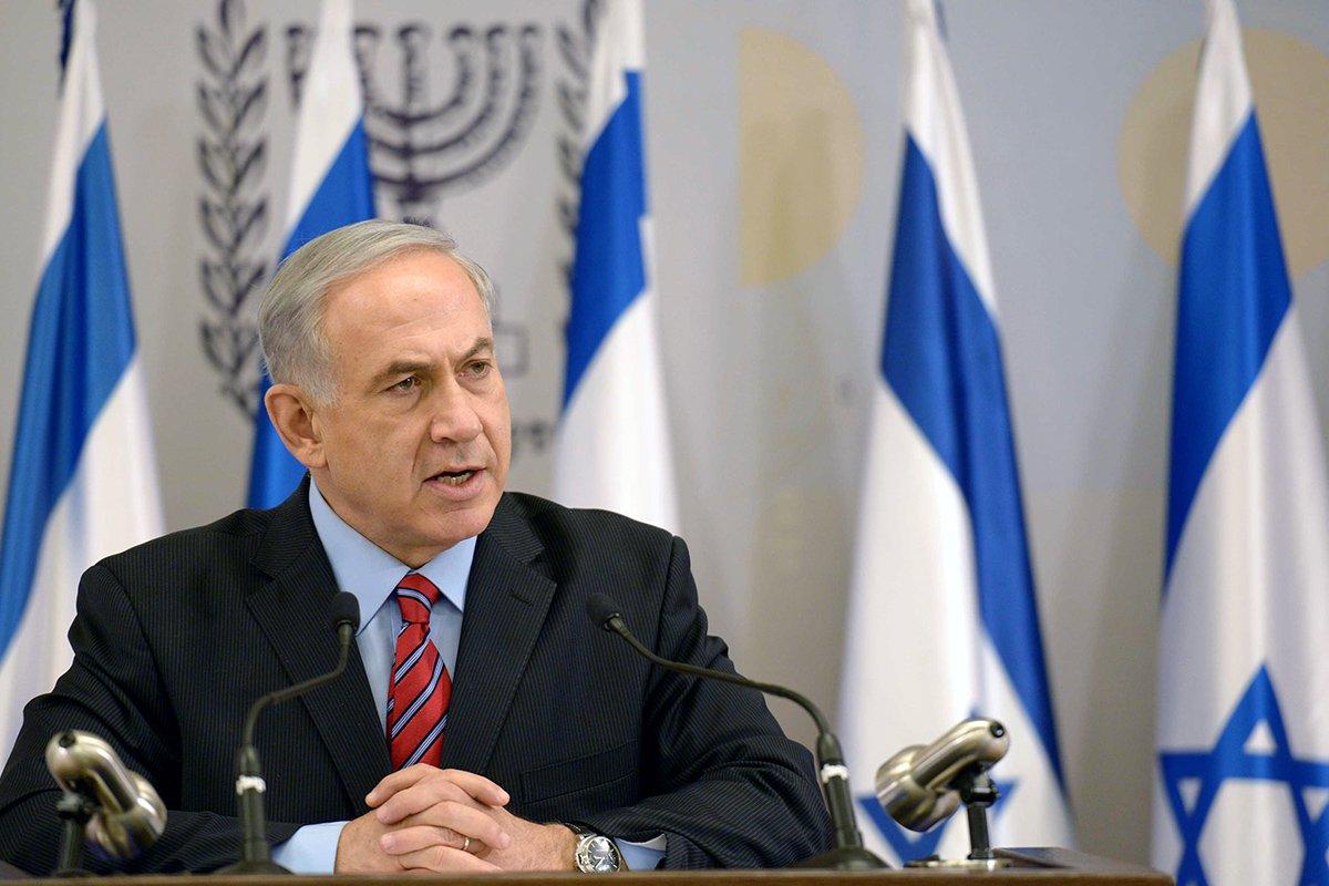 Polícia israelense interrogou o primeiro-ministro Benjamin Netanyahu nesta sexta-feira, 27; Netanyahu é suspeito em vários casos de corrupção, mas desmente todas as acusações e garante que ainda vai dirigir Israel por muitos anos; desde o final de 2016, ele é alvo de duas investigações: a primeira, sobre presentes luxuosos recebidos por ele e sua família que suspeita-se terem sido oferecidos por empresários