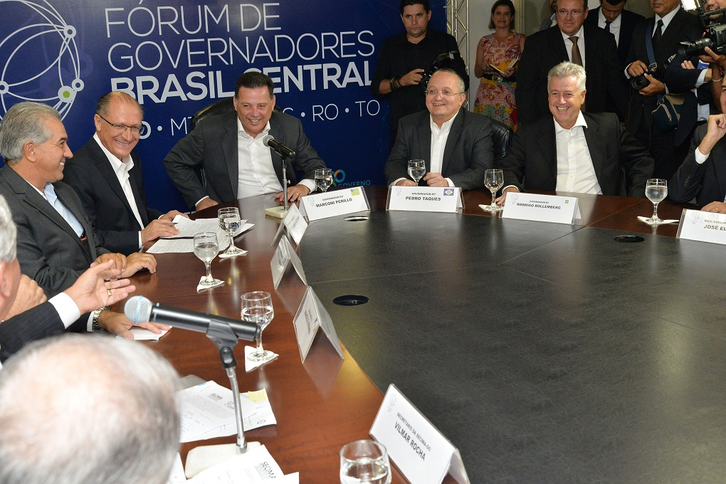 REUNI�O DO F�RUM DE GOVERNADORES DO CONS�RCIO BRASIL CENTRAL. FOTOS WAGNAS CABRAL