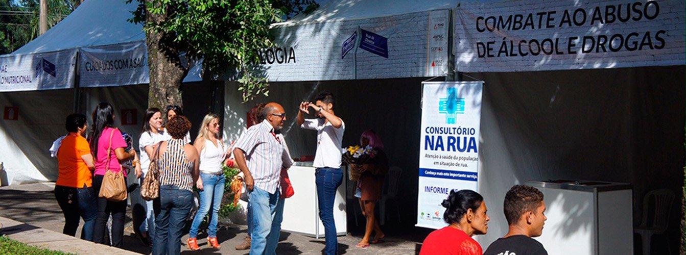 Ação que envolve o Serviço Voluntário de Assistência Social (Servas) visa ao resgate do respeito e da cidadania e à inclusão social